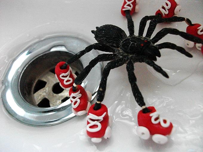 spider_skates_by_goat_piddles-d31hgww